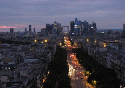 Nočni Pariz