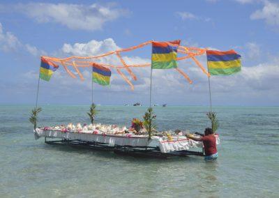 Plavajoča trgovina, Otok Ile Aux Benitiers